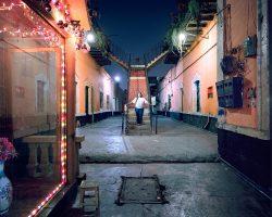 DÕNA ELVIRA  <br> Mexico City 2016 <br><br> C-Print Leuchtkasten<br>  300 x 375 cm<br><br> caja de luz<br> 300 x 375 cm